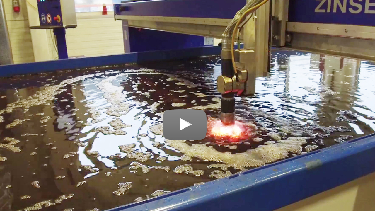Cutstomer video Seitz Stahlbau: ZINSER plasma cutting machine with water table.